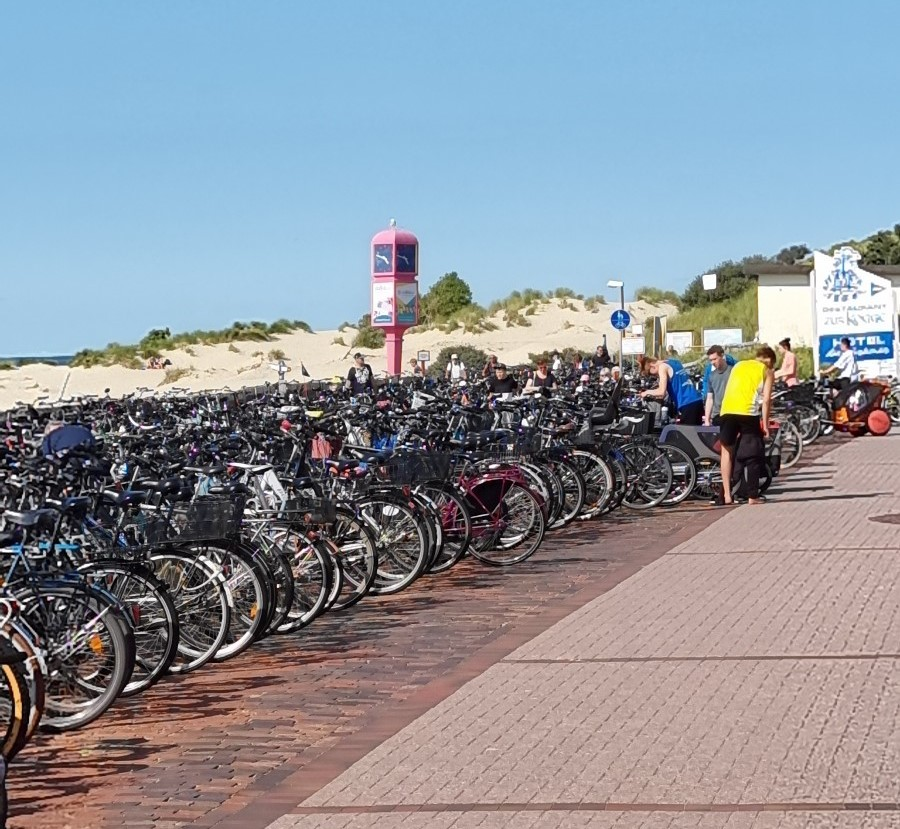 Fahrradtour der Borkumer Grünen zusammen mit der Borkumer Zeitung
